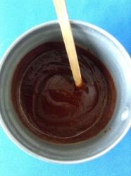 2 derretir el chocolate con la leche