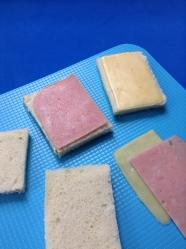 3 cortar jamón y queso tamaño pan de molde