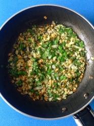 3 rehogar cebolla y perejil