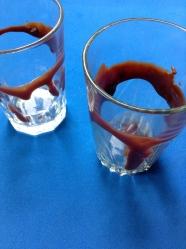 7 manchar vasos con chocolate