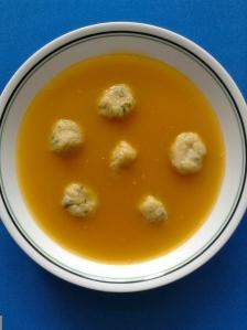 sopa de verduras con dumplingssss