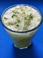 zumo de pepino miel y hierbabuena