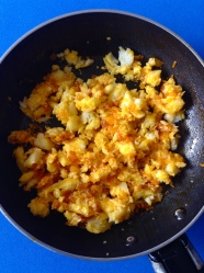 12 añadir queso y remover