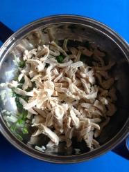 8 añadir pollo deshilachado