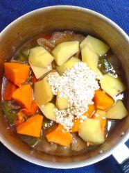 7 añadir arroz patata y calabaza