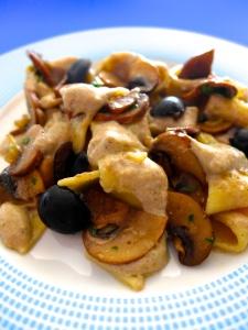 fettuccine con salsa funghi