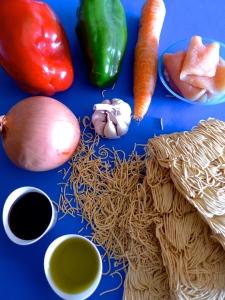 noodles de pollo ingr