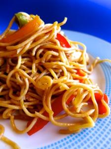 noodles de pollo