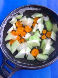 1 cocer sayote y zanahoria
