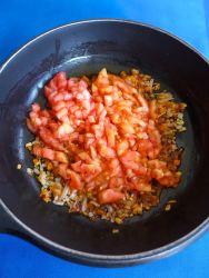 4 añadir tomate