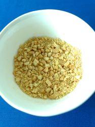 7 cacahuetes y anacardos triturados