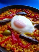 arroz con morcilla y huevoo