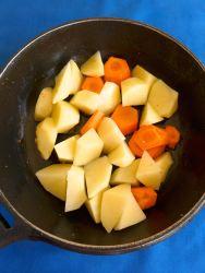 4 rehogar papas y zanah