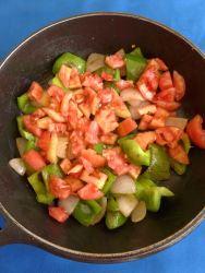 9 añadir tomate