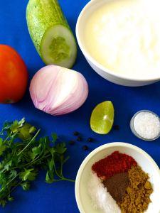 raita de tomate pepino y cebolla ingr